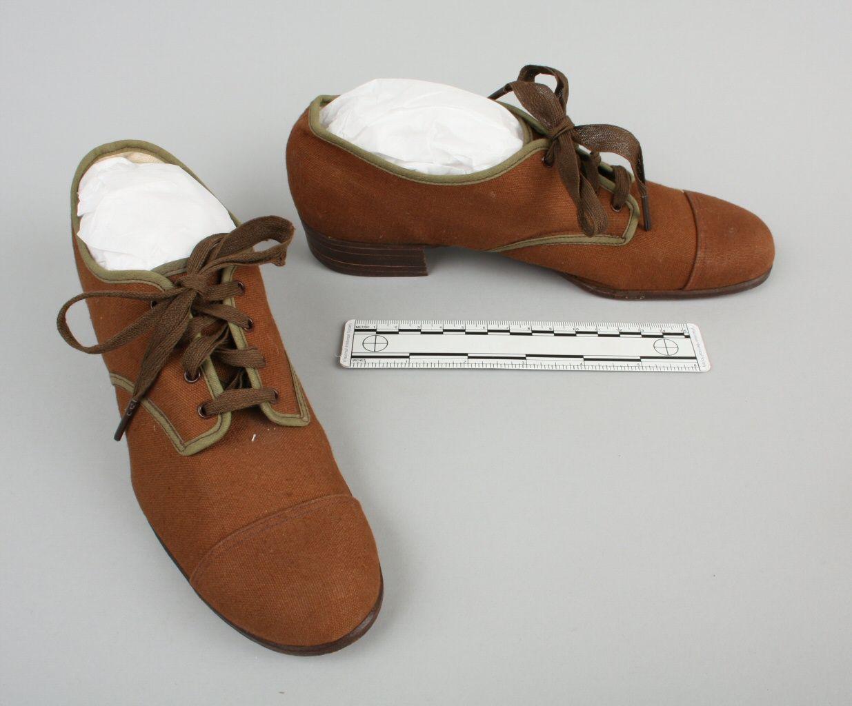 Apatos chica 1920-1929
