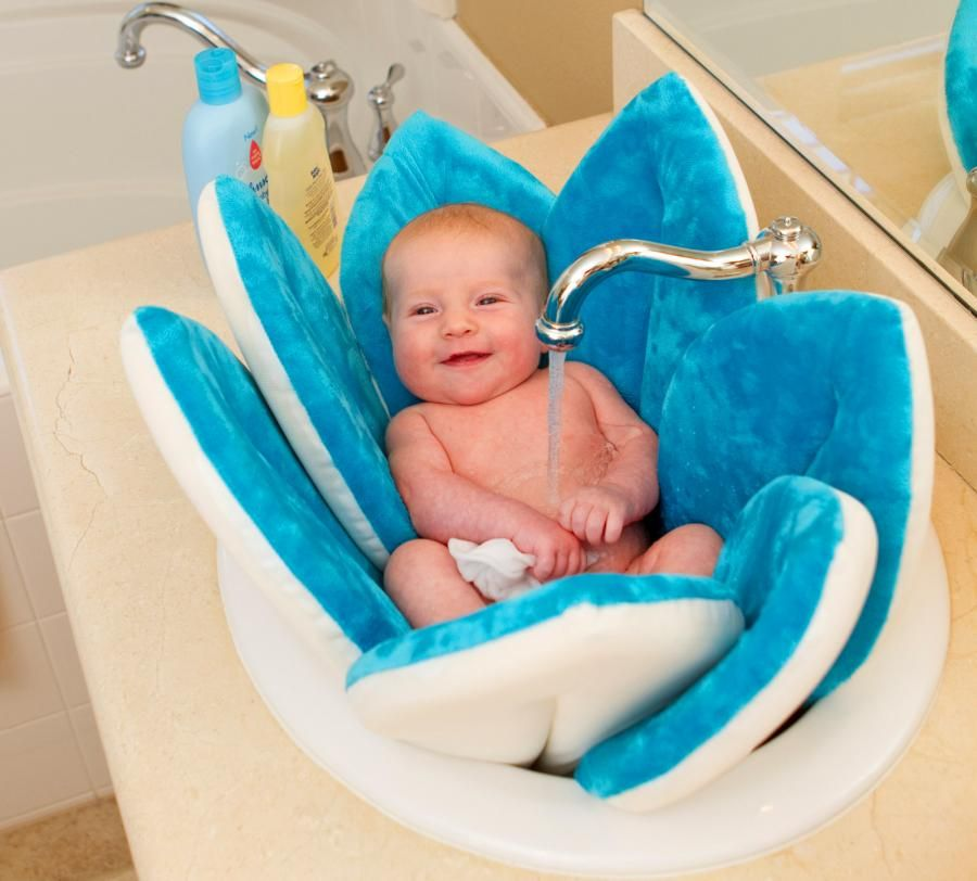 Blooming Bath A Flower Shaped Baby Support For Sink Baths Blooming Baby Bath Baby Bath Seat Baby Bath Tub