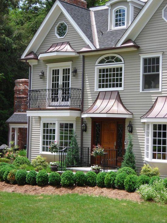 Traditional Exterior Home Design | ... Exterior : Traditional Entry Design  Wood Door Riverside