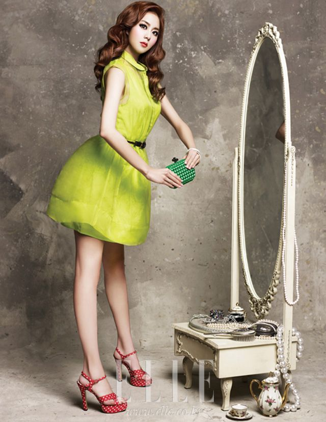 Photos K Pop Idols And K Drama Stars Who Look Like Dolls Kpop Fashion Fashion Barbie Girl