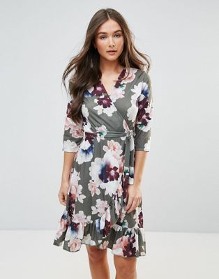 Short Sleeve Floral Wrap Dress - Navy Qed London Free Shipping Pick A Best Cheap Clearance Really Online Many Kinds Of Cheap Online Cheap Pre Order oqMuxZx