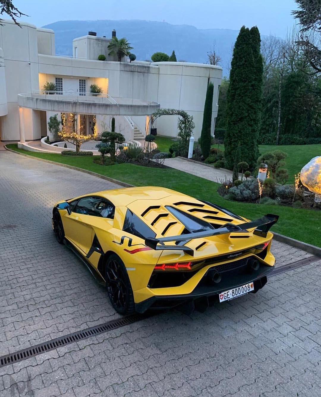 Welcome Home Lamborghini Menstyle C Alexandremourreau