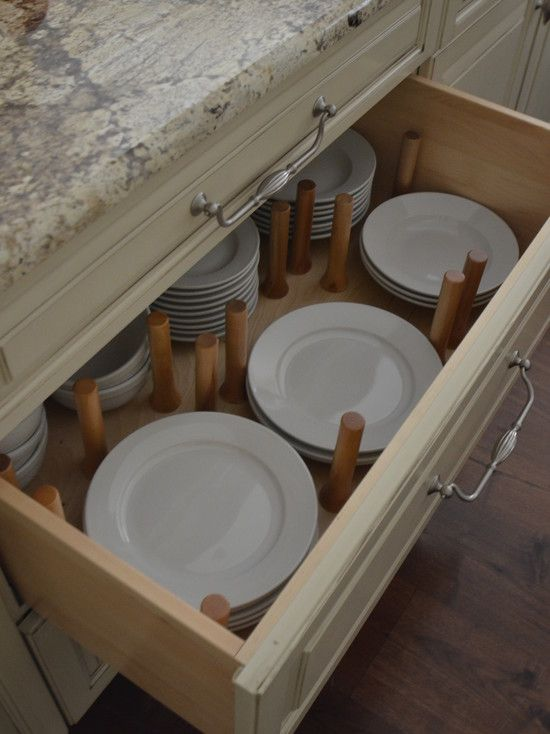 Kitchen Base Cabinet With Plate Divider Pegs In Deep