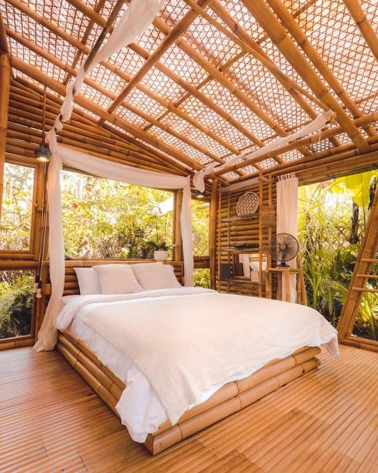HIDEOUT LIGHTROOM - Eco Bamboo Home - Kleine Häuser zur Miete in Selat, Bali, Indonesien