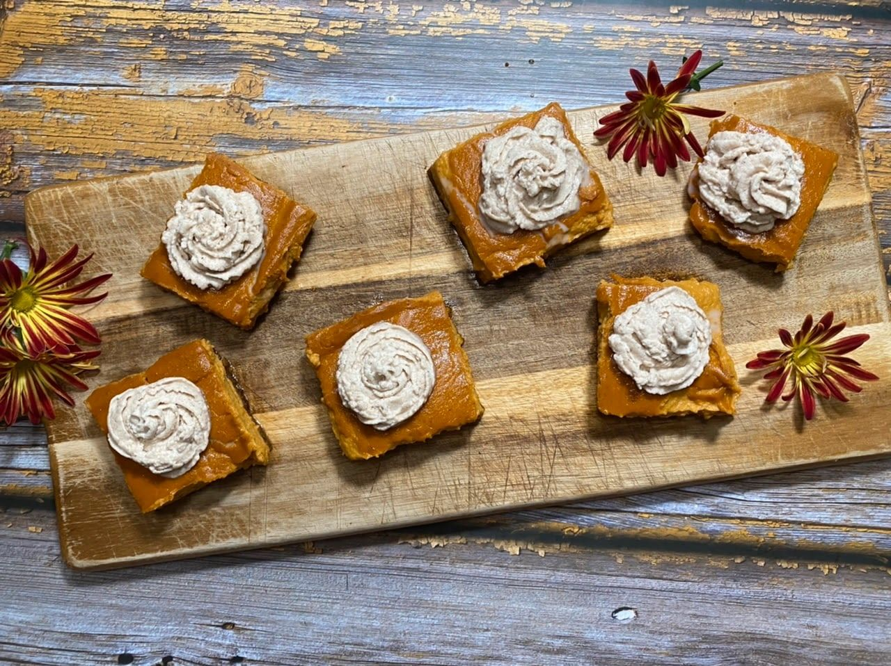 Pin By Wilmer Lugo Villarroel On Fast N Pumpkin Cheesecake Thanksgiving Food Desserts Homemade Whipped Cream