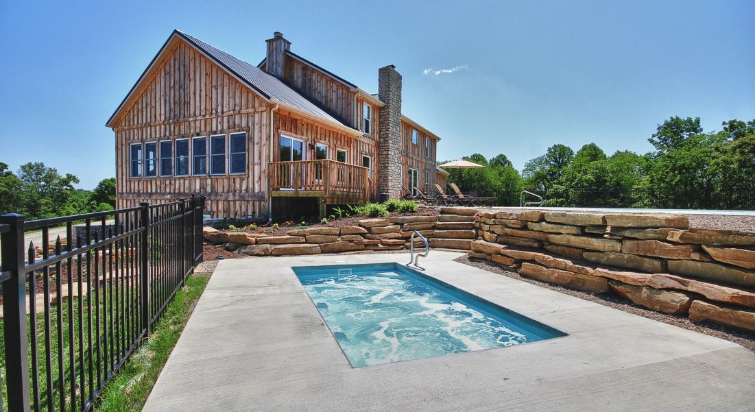 Hocking Hills Lodge, Logan Ohio Retreat Getaway, Heated Swimming Pool  $1500/night