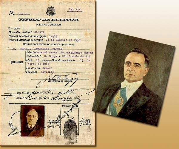 Há 60 anos, no dia 24 de agosto de 1954, o então presidente Getúlio Vargas saía da vida para entrar na história, ao suicidar-se com um tiro no peito. Deixamos aqui nossa homenagem a um dos maiores estadistas da história do País.