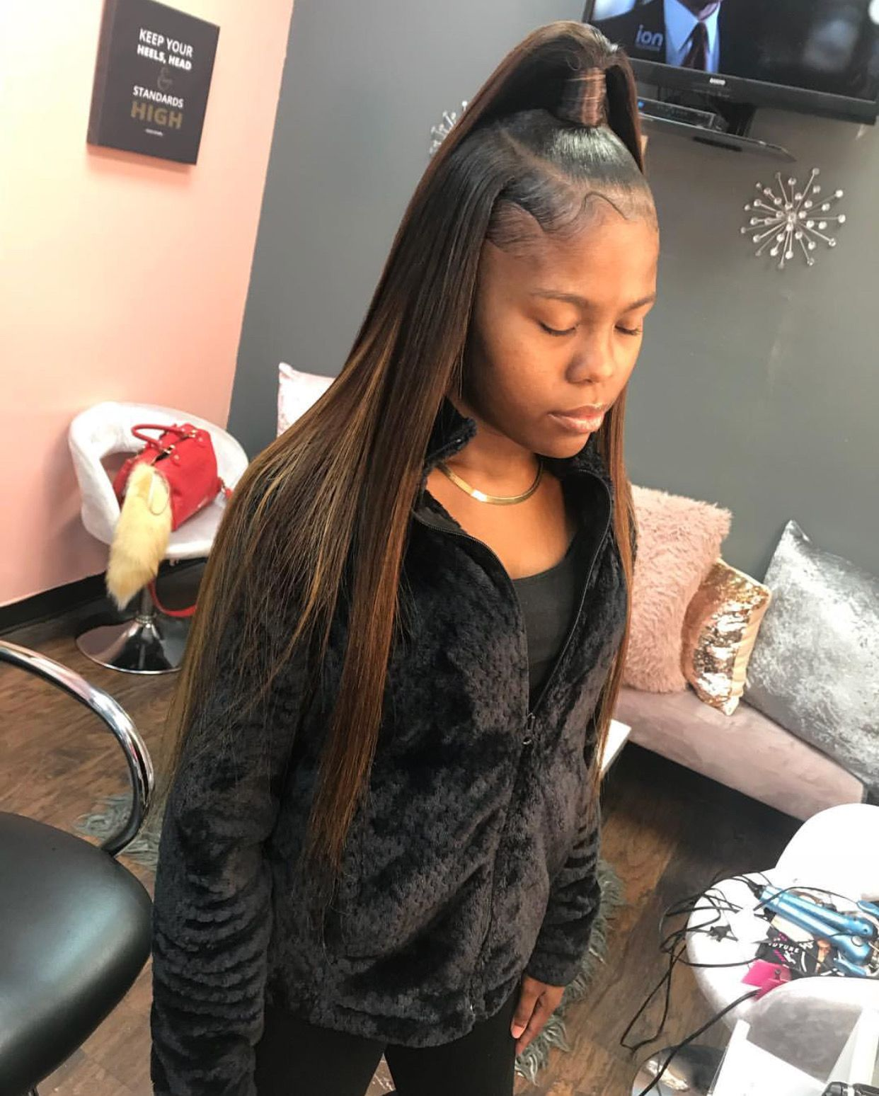 Follow Tropic M For More Instagram Glizzypostedthat Black Hairstyles With Weave Long Hair Styles Hair Styles