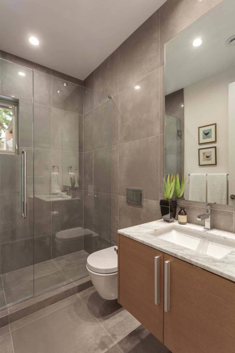 Kleine ensuite badezimmerdesignideen lightflooded contemporary style residence in west vancouver
