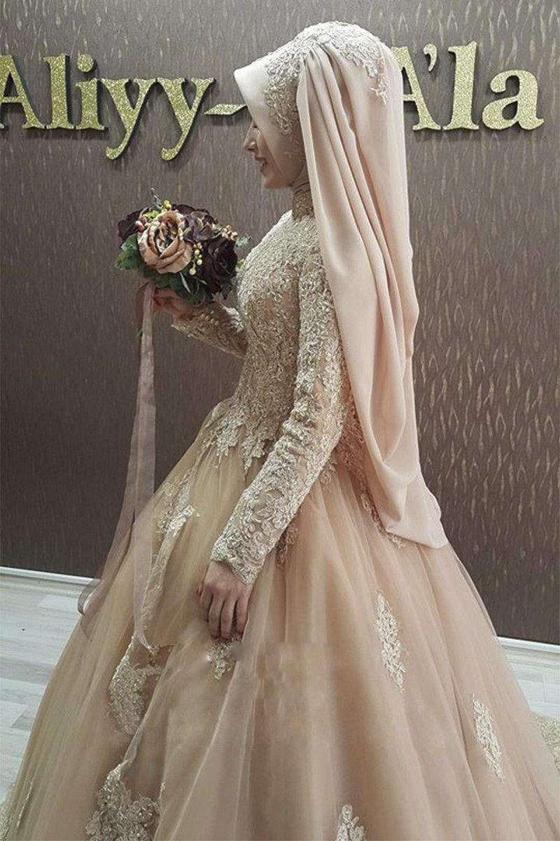 Aliexpress.com   Buy Long Sleeves Champagne Color Hijab Muslim Wedding Dress  Turkey Arabic Bridal Gown with Beaded Lace Appliques gelinlik from Reliable  ... 1ce7e03b77b5
