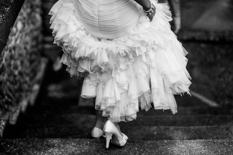 Photojournalism wedding photography. Villa Caletas Wedding - Costa Rica | A Brit & A Blonde http://abritandablonde.com/2014/01/18/blog/villa-caletas-wedding-photographer/