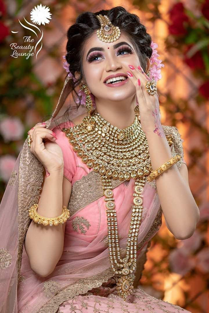 Saree Idea You Adore Bridal Hairstyle Indian Wedding Indian Bride Hairstyle Indian Bridal Hairstyles