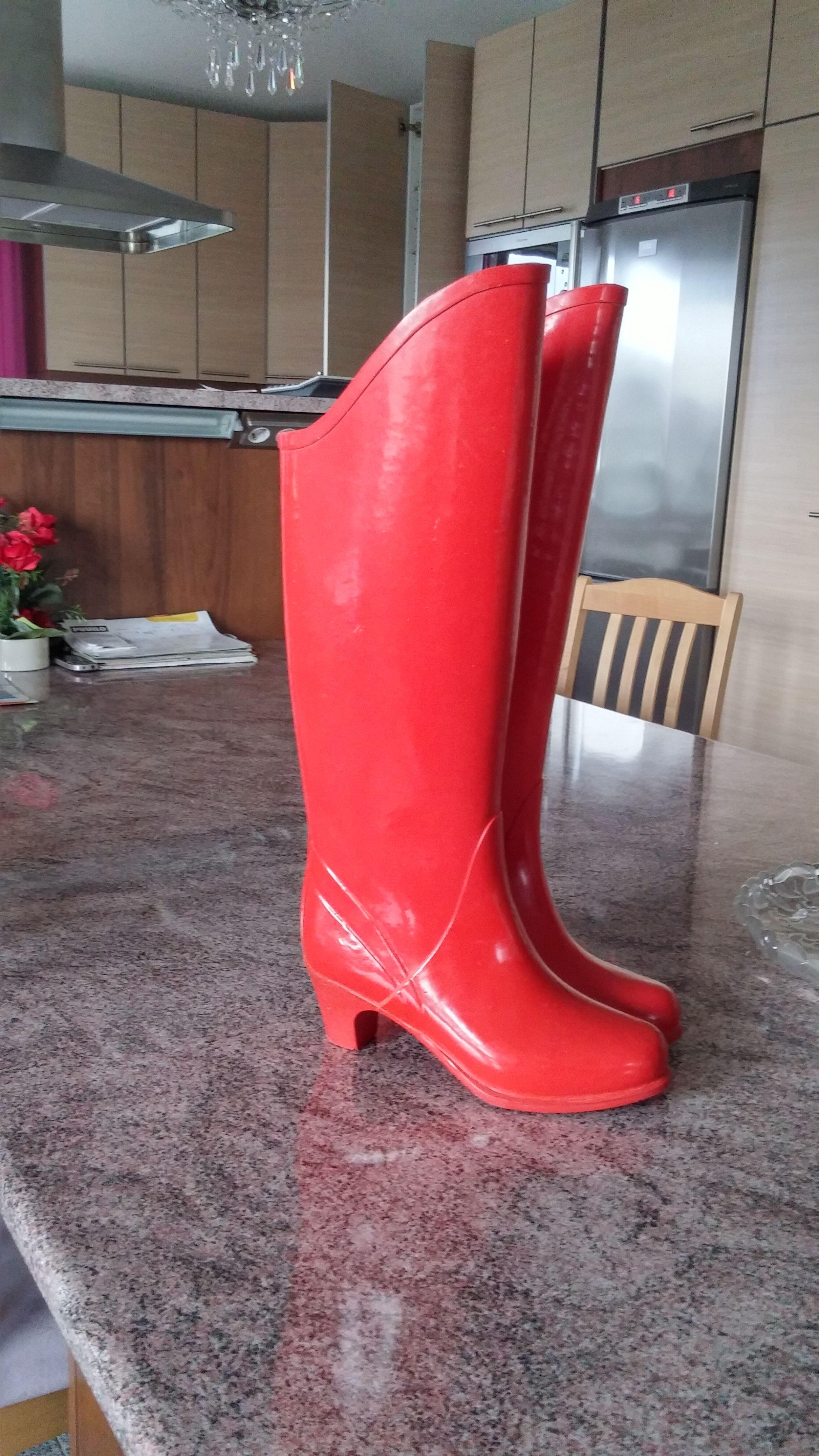 Nokia city rubber boots in garden - 2 9