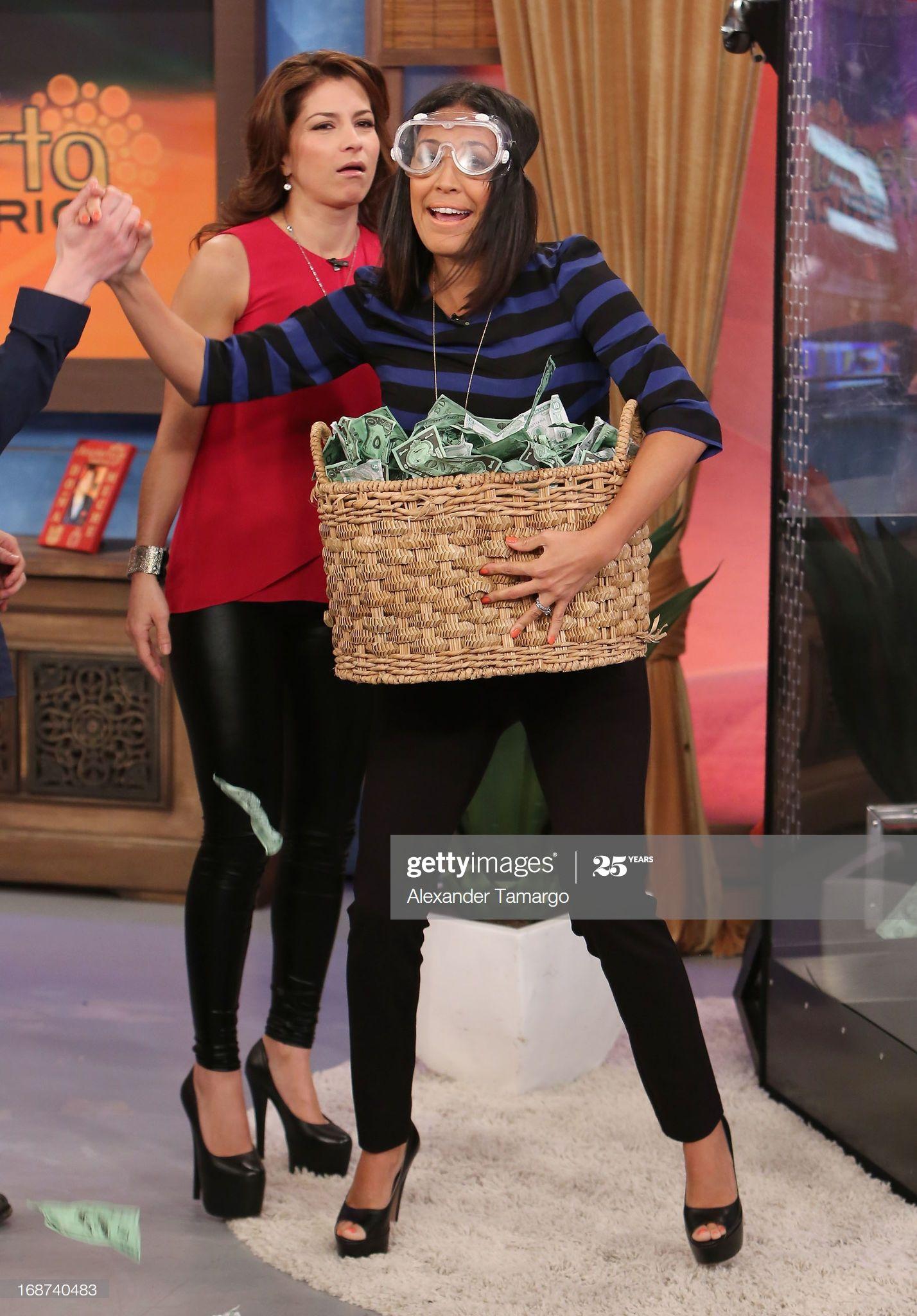 News Photo Alessandra Rosaldo And Karla Martinez Are Seen In 2020 Karla Martinez Fashion Alessandra