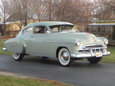 Volo auto museum 1949 chevrolet fleetline deluxe for 1949 chevy fleetline deluxe 4 door