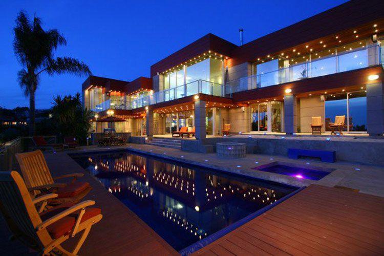 Case di design dello spazio esterno n with case da architetti for Case di architetti