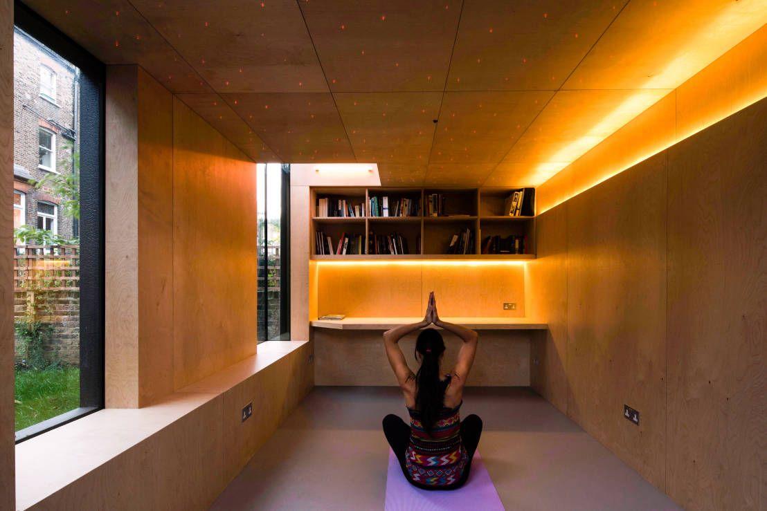 yoga zu hause 6 tipps f r eine perfekte atmosph re die eigenen 4 w nde einfamilienh user. Black Bedroom Furniture Sets. Home Design Ideas