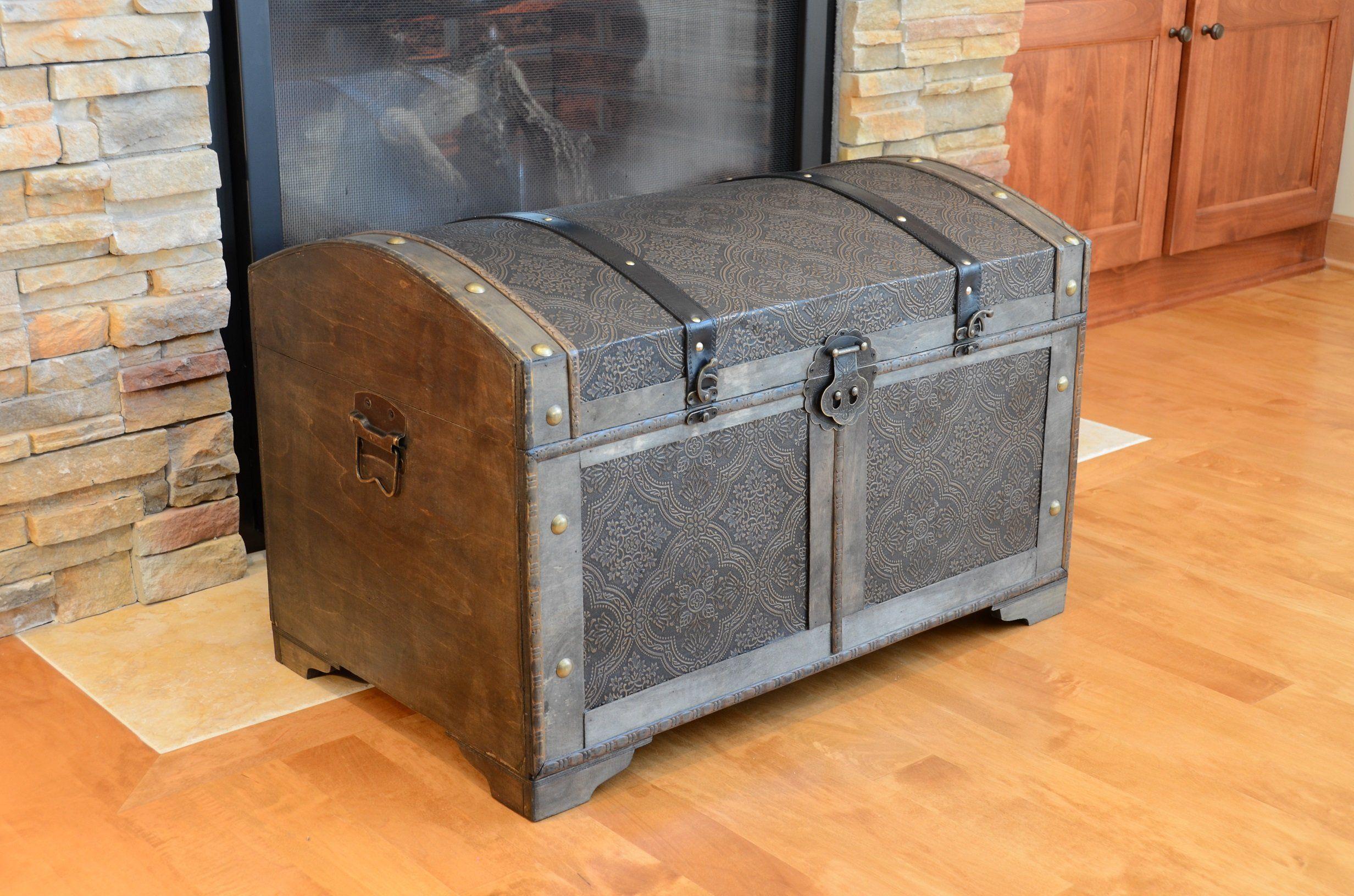 amazon com nostalgic medium wood storage trunk wooden treasure