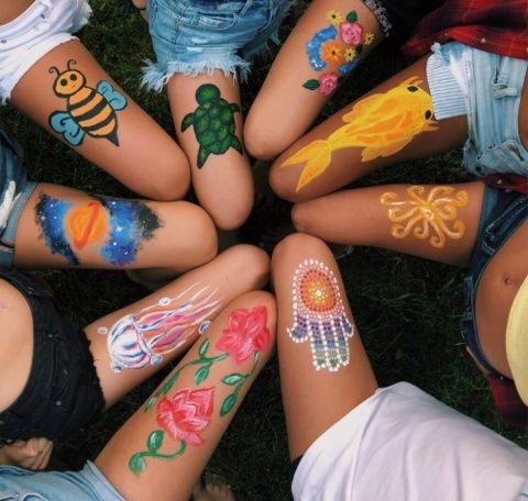 Pense Que Eran Personas Sin Brazo In 2020 Body Art Painting Leg Art Leg Painting