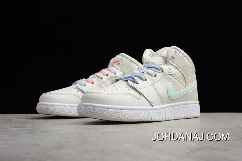 9164fb0731b He Air Jordan 1 RET HIGH 1 Collaboration Cream-colored Women Shoes  555112-035