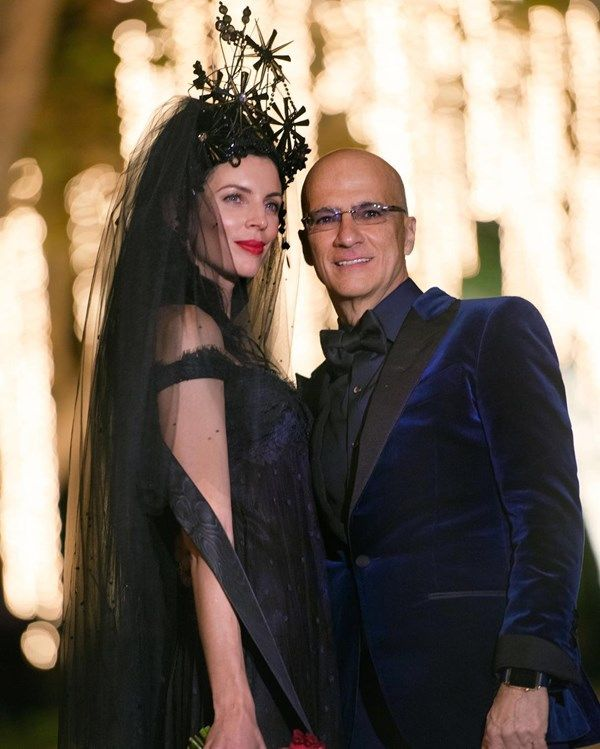 Liberty Ross championed the non-white wedding dress trend when she wed Jimmy…