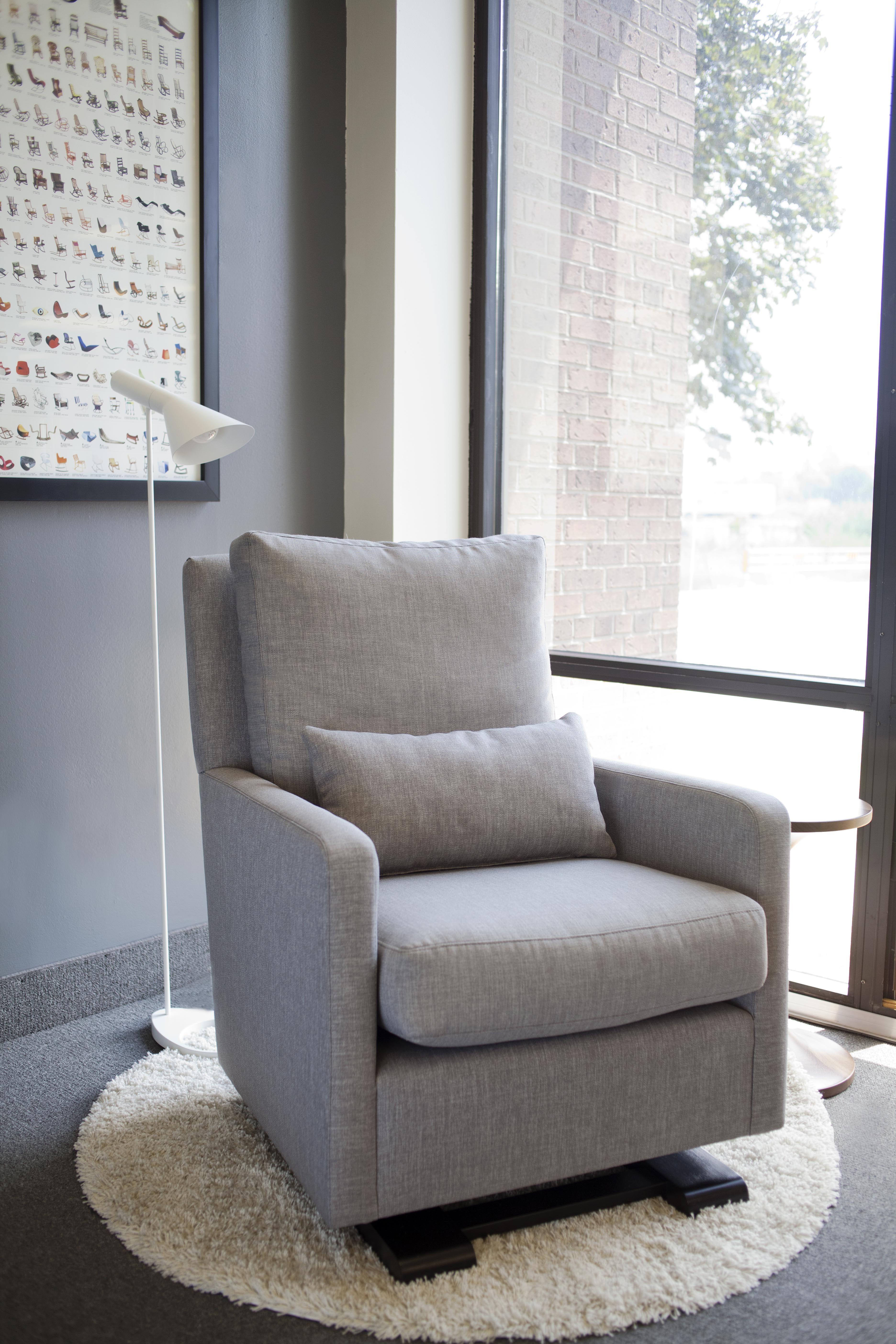 Como Glider Modern Chair