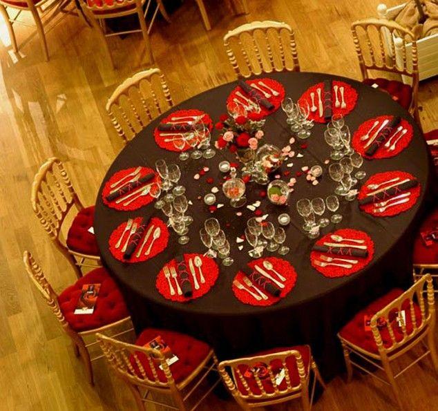 décor set de table_noir & rouge _Agence d'architecture d'intérieure