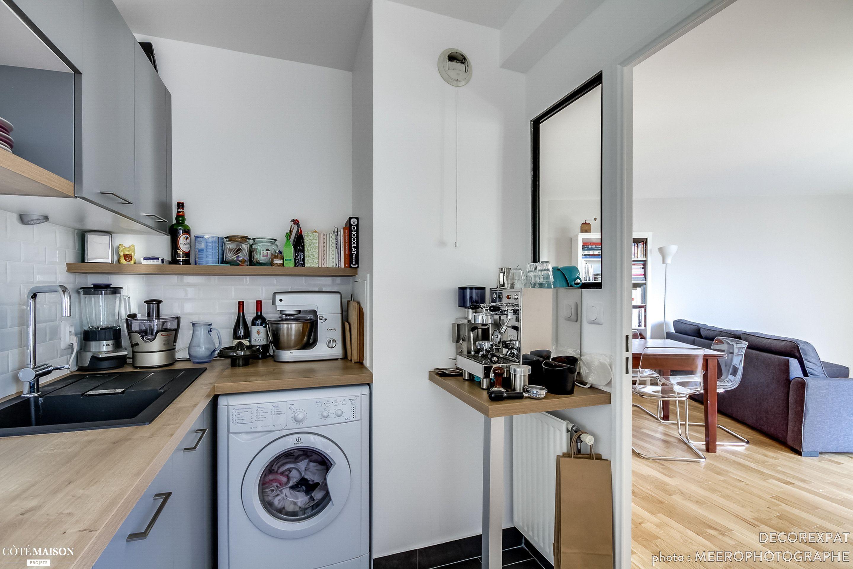 rnovation dun appartement moderne decorexpat ct maison complte rnovation de la cuisine dans la continuit du salon avec des tons gris et bois