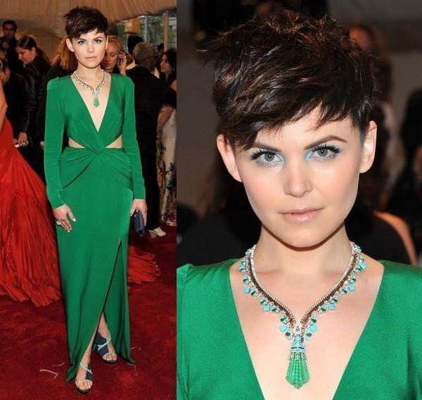 9 Beautiful Makeup Ideas For Green Dress