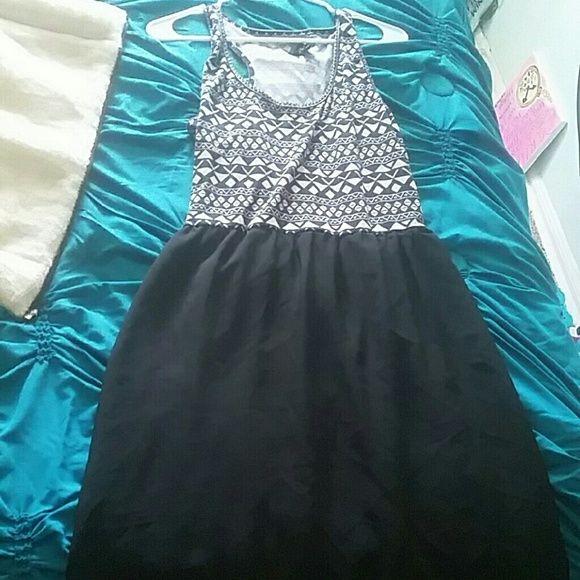 Dress Printed top black skirt Dresses Midi