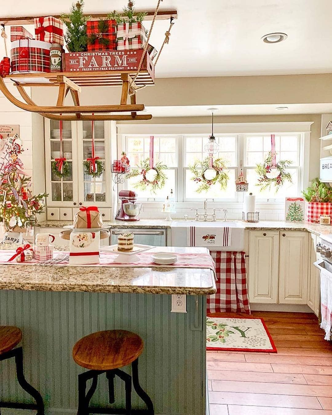 farmhouse goals on instagram we are in love with this cute farmhouse kitchen what do you on farmhouse kitchen xmas id=84667