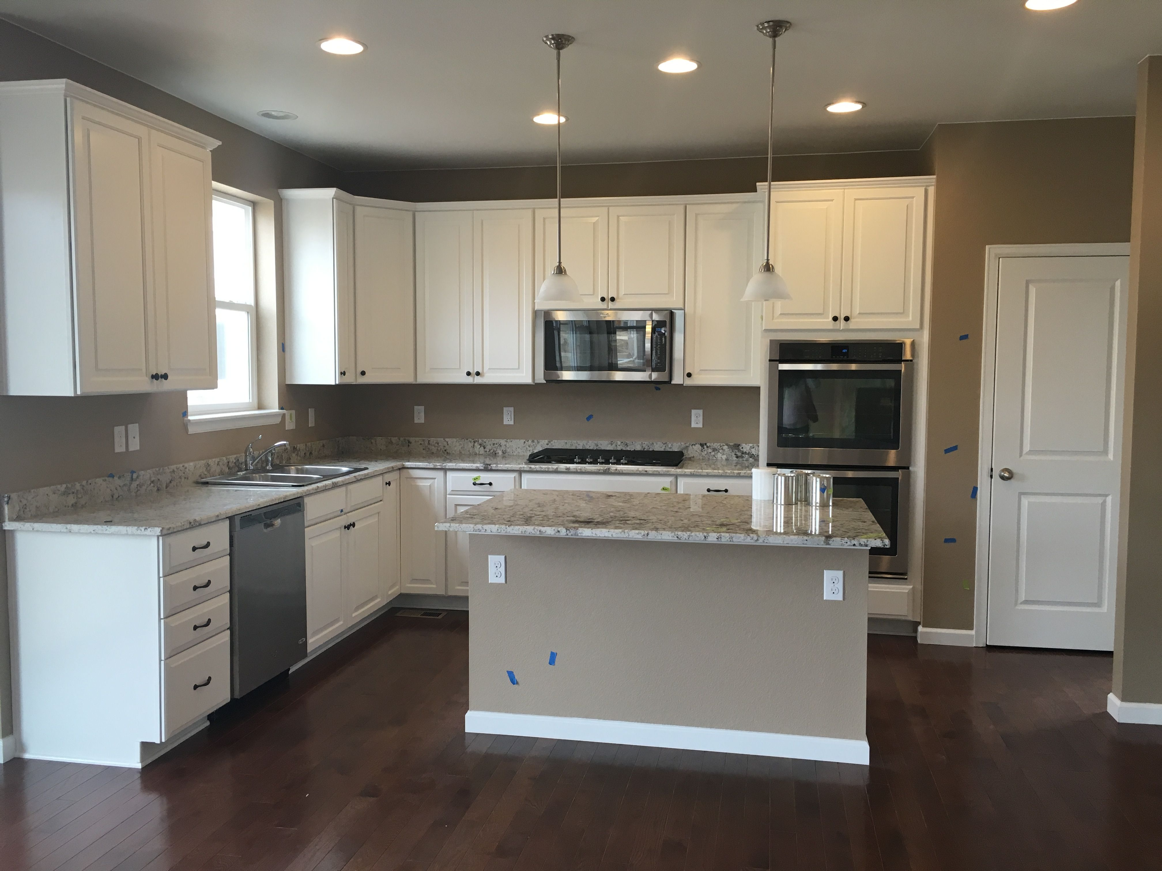 Timberlake Rushmore Linen Cabinets White Galaxy Granite Ctop Solid Hickory Hardwood Fl Black Appliances Kitchen White Kitchen Black Appliances Black Kitchens