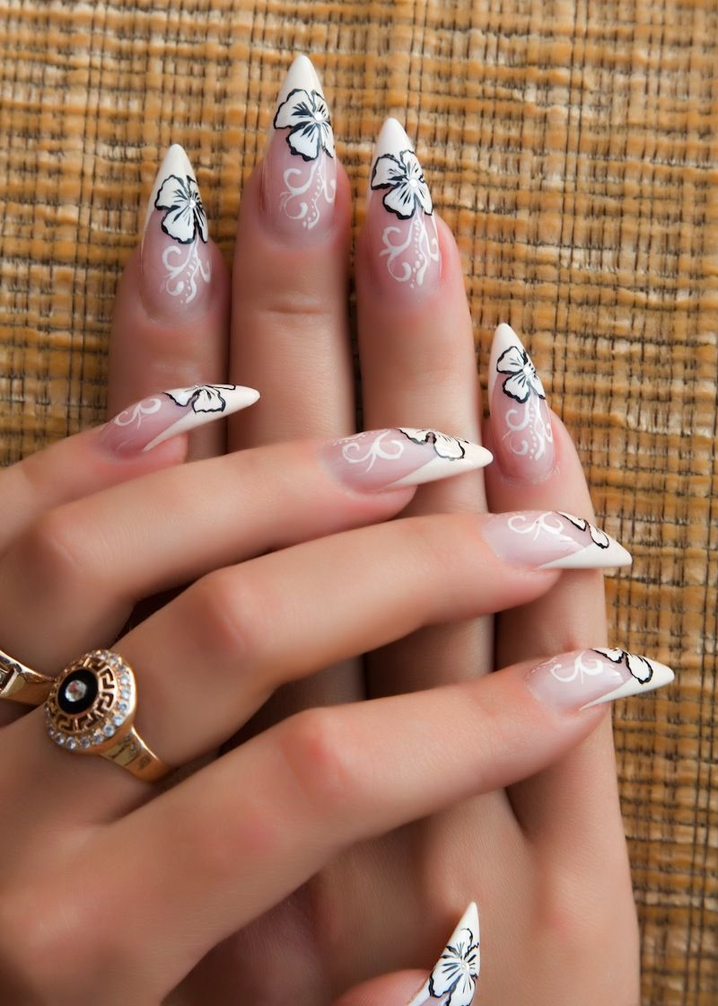 hblack stilletto nails | Make the flowers stand out by outlining ...
