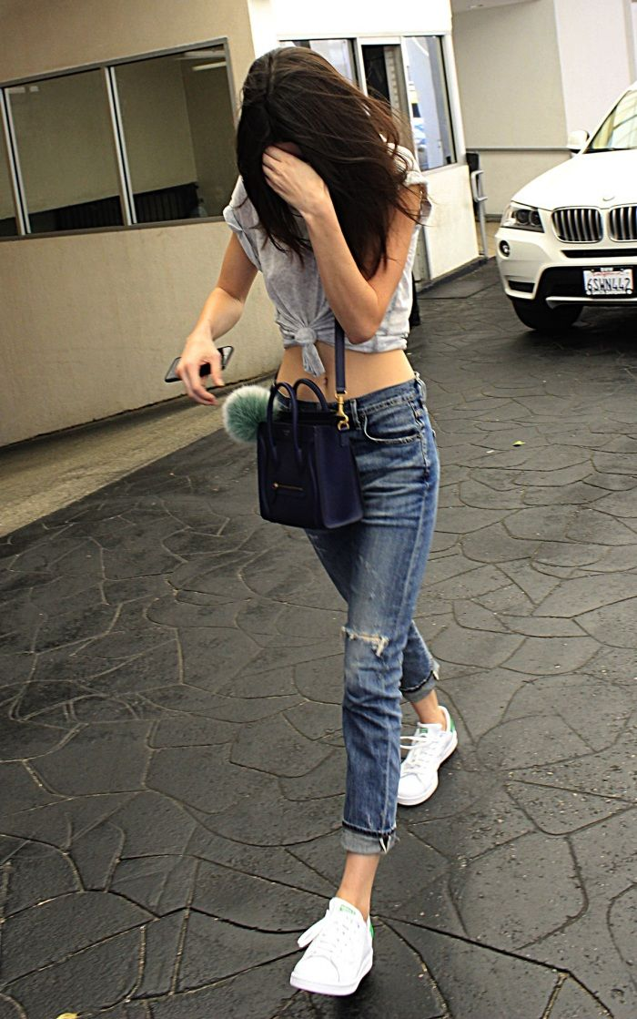 Kendall Jenner in Slouchy Skinny Jeans | Fashion, Casual