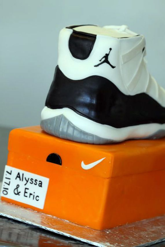 official photos cd8c2 89154 air jordan xi concord cake step by step process 10 Air Jordan XI Concord  Sneaker Cake Step by Step Process