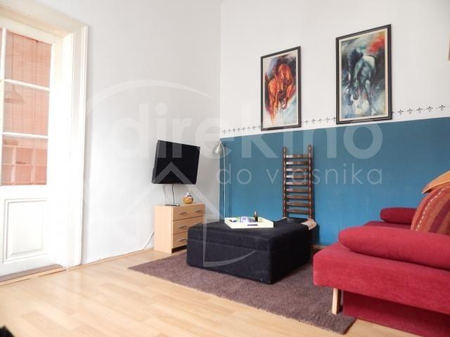 Namešten stan u Novom Sadu, 45 m2 2.0 renoviran u Novembru, svetao. http://www.direktnodovlasnika.com/nekretnina/stan/novi-sad/49972.html