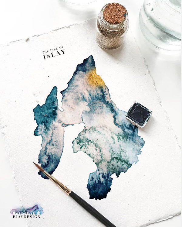 Watercolour map of the Isle of Islay, queen of the Hebrides. With hand-painted gold on your desired location. Pair with FREE titles to create a truly bespoke and personal piece of art. Perfect for wedding presents.  #islay #isleofislay #watercolourmap #watercolourillustration #scottishislands #innerhebrides #scottishhighlands #scotland #queenofthehebrides