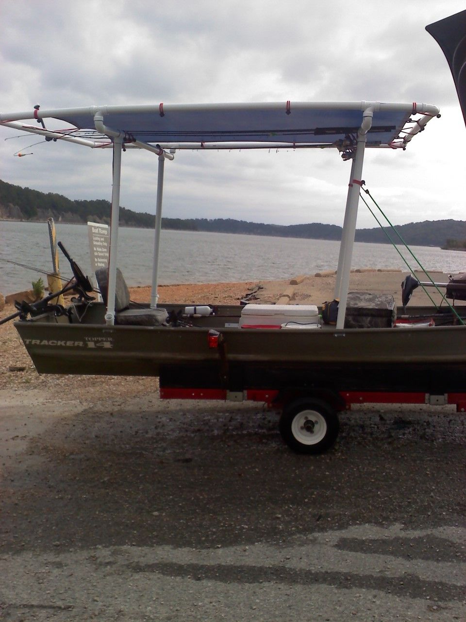 Arkansas Ingenuity! Need Is The Motherhood Of Invention! The Guy Needed A  Bimini Top