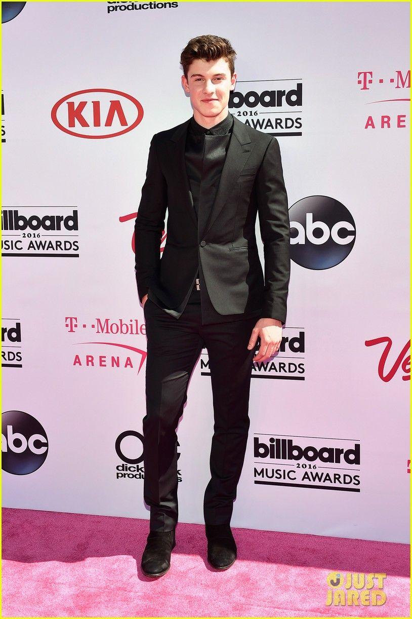 Shawn Mendes at the Billboard Music Awards 2016