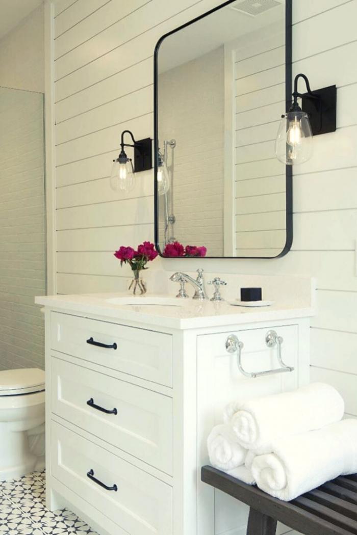 Lovely Bathroom Storage idea
