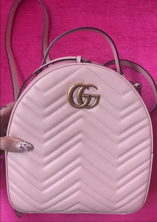 691428c4e603 Pink cute Gucci backpack// Jeffree star snapchat story ...