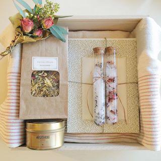 Brides Gift Bridal Bridesmaid Box Spa