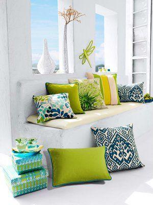 coussin couleur vert imprime coussins pinterest vert. Black Bedroom Furniture Sets. Home Design Ideas