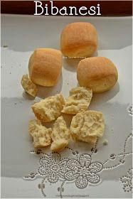 La ricetta di questi deliziosi e scrocchiarelli bibanesi , me l'ha passata Graziella, che ho conosciuto al mio primo corso di panificazi...