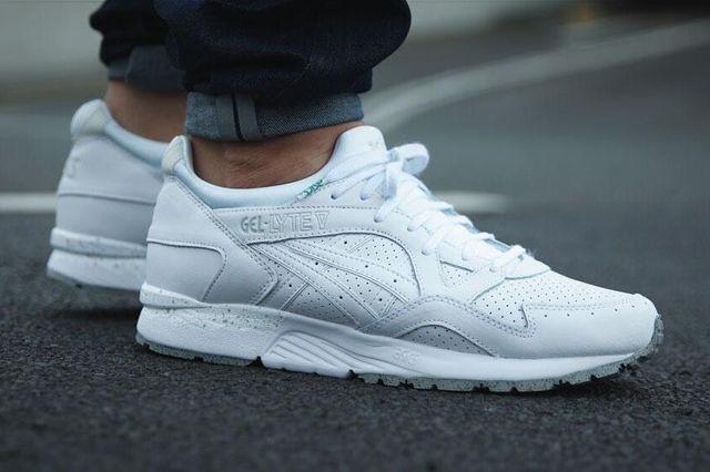 ASICS GEL LYTE V (TRIPLE WHITE) - Sneaker Freaker