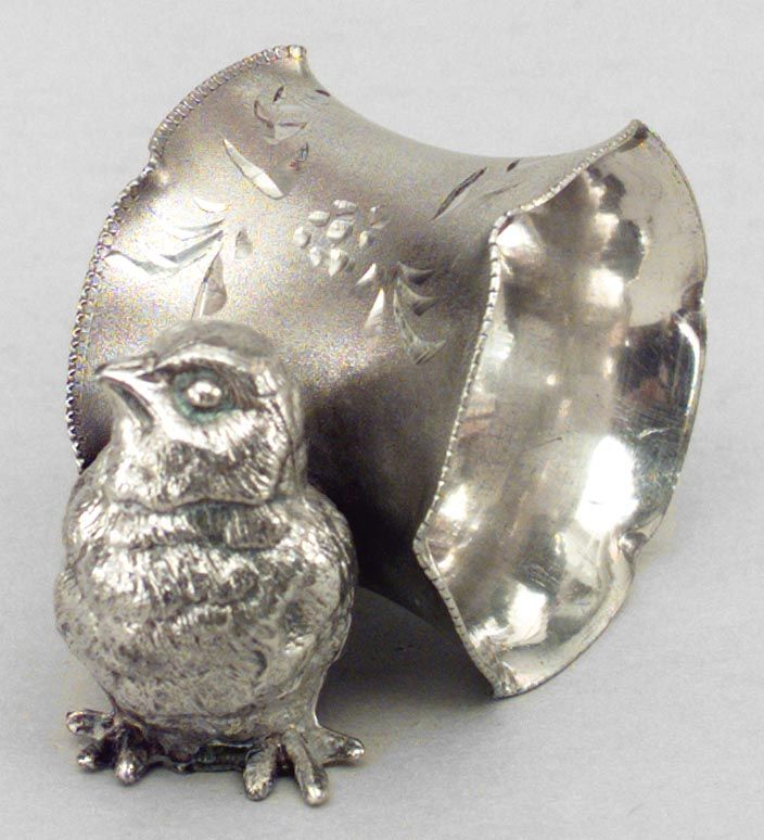 English Victorian accessories napkin holder silver-plate