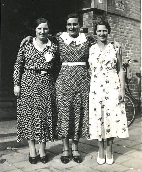 30s sisters | 1930s fashion women, 1930s fashion