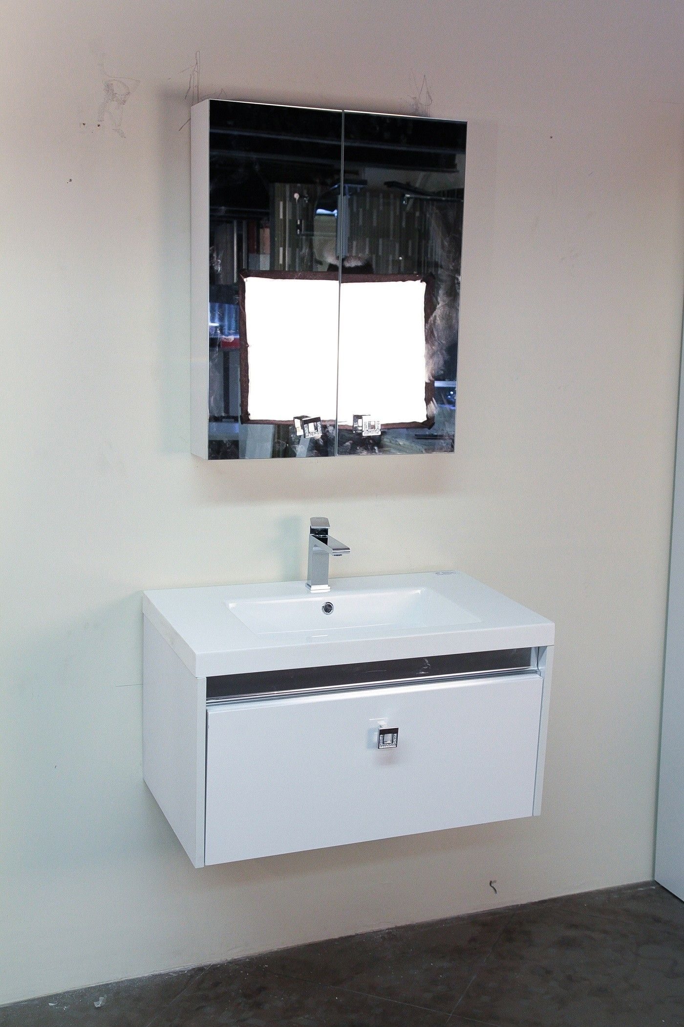Pin By Helene On Bathroom Design Double Sink Bathroom Cabinets Modern White Bathroom Home Depot Bathroom Vanity