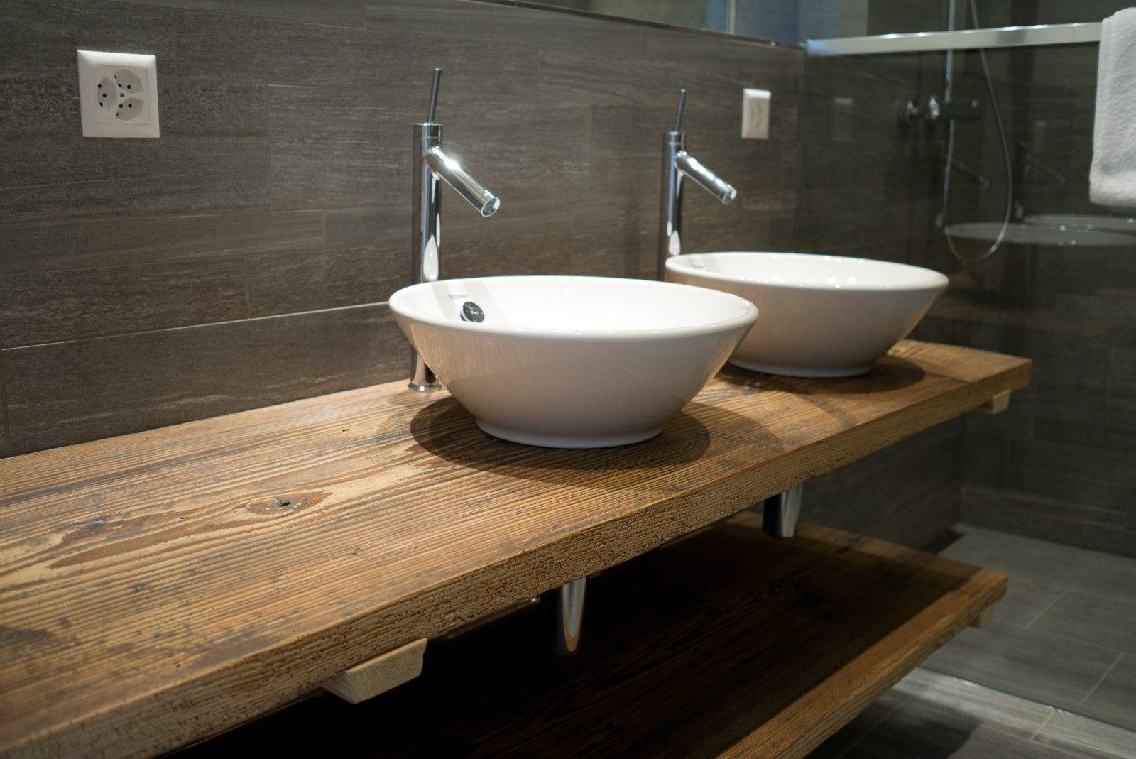 Waschtischplatte für aufsatzwaschbecken  Waschtisch aus Altholz | Badezimmer | Pinterest | Altholz ...
