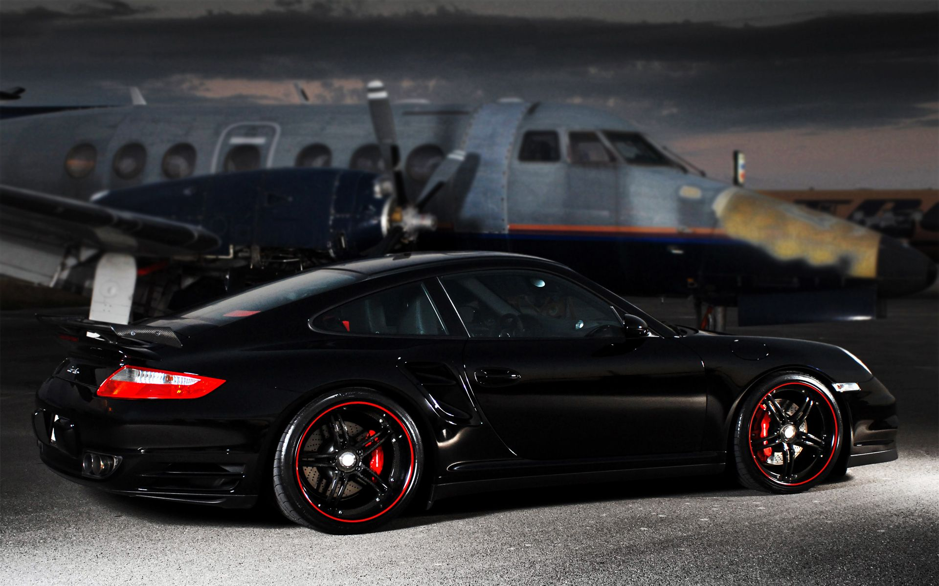 1000 images about porsche wallpapers on pinterest cars used porsche 911 and porsche carrera - Porsche 911 Turbo Wallpaper Iphone